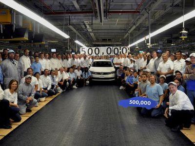 VW Rayakan Produksi Passat ke 500.000 Unit di AS