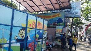 Buang Kesan Kumuh, Penampungan Sampah di Bandung Dihiasi Gambar Ridwan Kamil