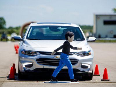 GM Buka Tempat Uji Teknologi Keselamatan