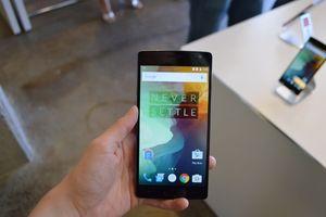 OnePlus 2 Tampil Penuh Gaya