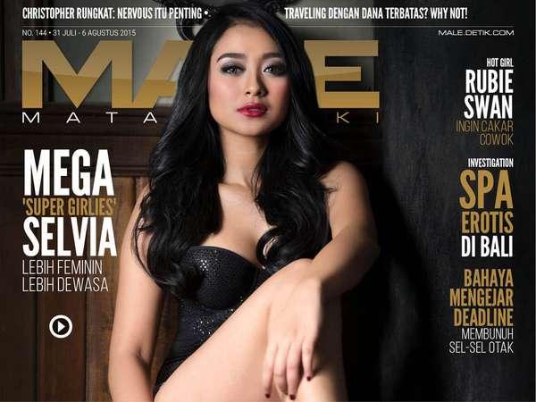 Mega Selvia - Tomboi Masuk Modeling