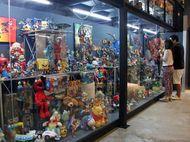Museum di Thailand Ini Simpan 50 Ribu Mainan Superhero