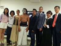 Penari Australia Ajarkan Balet ke Komunitas Ciliwung