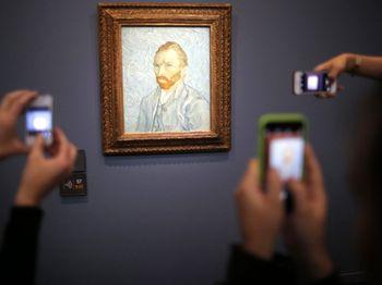 Melihat Museum Musee d'Orsay di Prancis