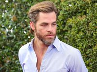 Chris Pine Tak Hanya Tampil di Satu Film Wonder Woman