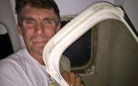 Kaget! Penumpang Ketiban Jendela Pesawat yang Copot