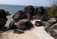 Liburan ke Belitung, Kunjungi 5 Pantai Keren Ini