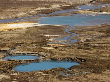 Laut Mati Mengering, Timbulkan Lubang
