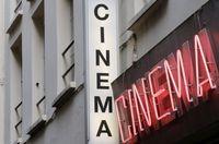 Mengintip Bioskop Porno Terakhir di Paris