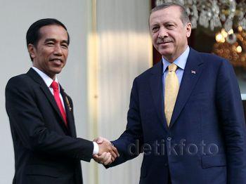 Presiden Jokowi Bertemu Presiden Turki