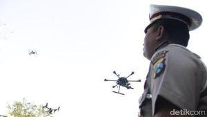 Ganggu Pemadam Kebakaran, Pilot Drone Jadi Buron