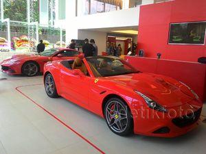 Rumah Ferrari di Cilandak