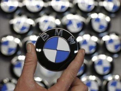 Bos Apple Sambangi Markas BMW, Mobil iCar Segera Terwujud?