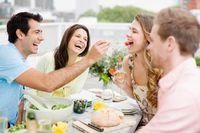 Mau Kumpul dan Makan Bareng Teman? Perhatikan 10 Hal Ini Agar Acara Jadi Seru dan Asyik (1)