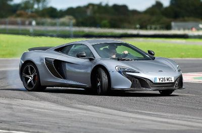 Versi Terbaru McLaren 650S, Lebih dahsyat