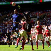Wenger Nilai Bek-bek Arsenal Sudah Solid