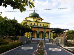 Megahnya Masjid Raya & Makam Sultan Siak, Provinsi Riau