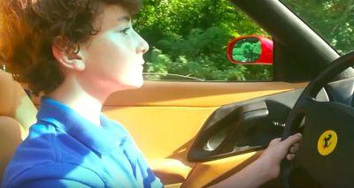 Walah, Bocah 13 Tahun Ini Pacu Ferrari 355 di Jalanan