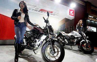 Honda CB150R Terbaru Cocok untuk Pria Muda dengan Postur 164 cm