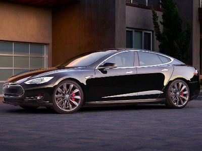 Mobil Listrik Tesla Model S Terbaru Bisa Jadi Mobil Tanpa Sopir