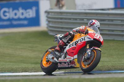 Marquez Juara Usai Menangi Duel dengan Lorenzo