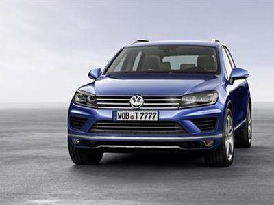 VW Potong Harga Touareg Puluhan Juta