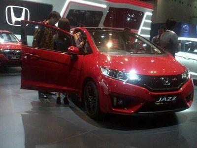 All New Honda Jazz RS CVT Limited Edition di IIMS Hanya 15 Unit