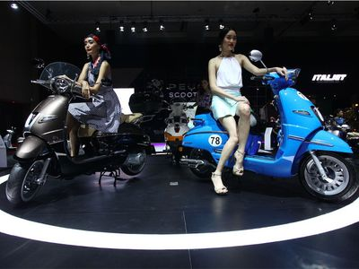 Ingin Pinang Skuter Peugeot? Pesan Sekarang, Barang Datang Januari 2016