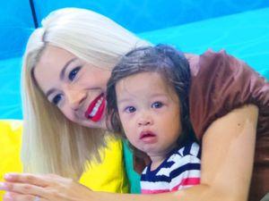 Jennifer Bachdim: Anakku Bisa 3 Bahasa, Tapi Mereka Suka Makan Kerupuk
