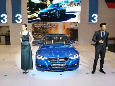 BMW Kenalkan Seri 3 Paling Ngebut di Indonesia
