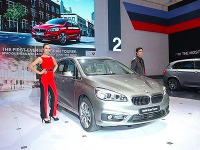 Mobil 3 Baris BMW Dibanderol Rp 749 Juta