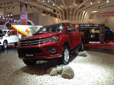 Toyota: Hilux, Pikap Offroad Berbeda, Kombinasikan Kenyamanan dan Ketangguhan
