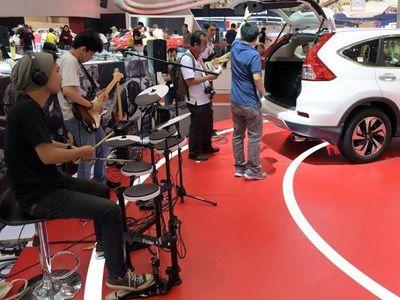 Honda Tampilkan CR-V dengan Audio Fender