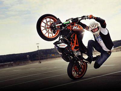 Stunt Rider Rok Bagoros Bakal Beraksi di IIMS