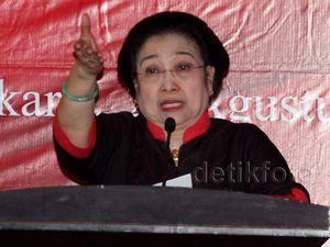 Mega Lantik Tim Pemenangan Pemilu PDIP