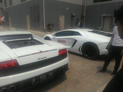 Sensasi Duduk di Bangku Penumpang Lamborghini Gallardo