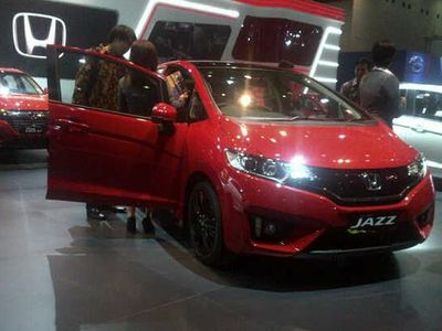 Honda Mobil Terima Pesanan Ribuan Unit di IIMS 2015