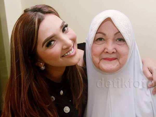 Kebersamaan Ashanty dan Ibunda Tercinta