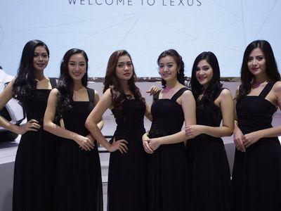Lexus Ladies, Sekolahnya Ada yang Sampai ke Amerika