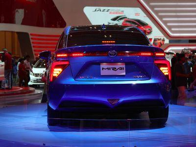 Canggih, Air Limun Bisa Jadi Bahan Bakar Toyota Mirai