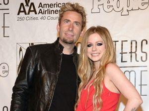 Belum Dikaruniai Momongan, Jadi Alasan Avril Lavigne dan Suami Cerai?
