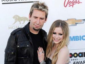 Suami Kepergok Pesta Bareng Cewek Lain Sebelum Avril Lavigne Putuskan Cerai