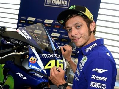 Yamaha R1 Bertanda Tangan Rossi Sudah Ditawar Rp 389,5 Juta