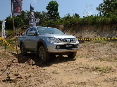 Dihadiri Ratusan Konsumen, Mitsubishi Luncurkan Triton di Pontianak