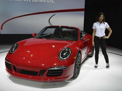 Siap-siap Rasakan Ganasnya Porsche 911 Carrera GTS