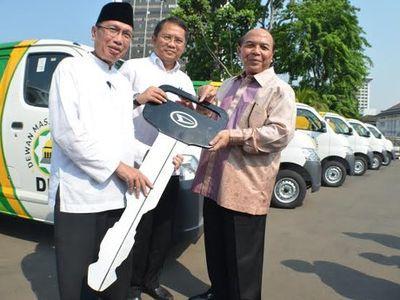 50 Unit Daihatsu Gran Max, Siap Bantu Kebutuhan Dewan Masjid Indonesia