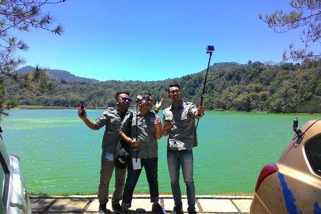 Petualang Datsun Risers Nikmati Keajaiban Danau Linow