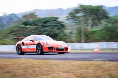 Gokil, Sudah Ada 200 Konsumen yang Ingin Jajal Porsche di Sentul