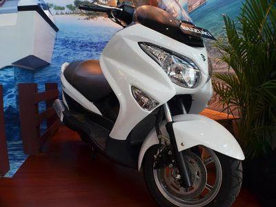Suzuki Pajang Skutik Burgman 200 ABS di Pameran Transportasi