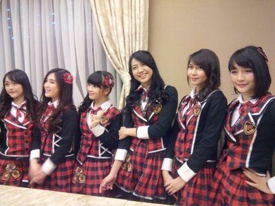 Pesan JKT48 Buat Pemotor, Jangan Pakai Sandal Ya